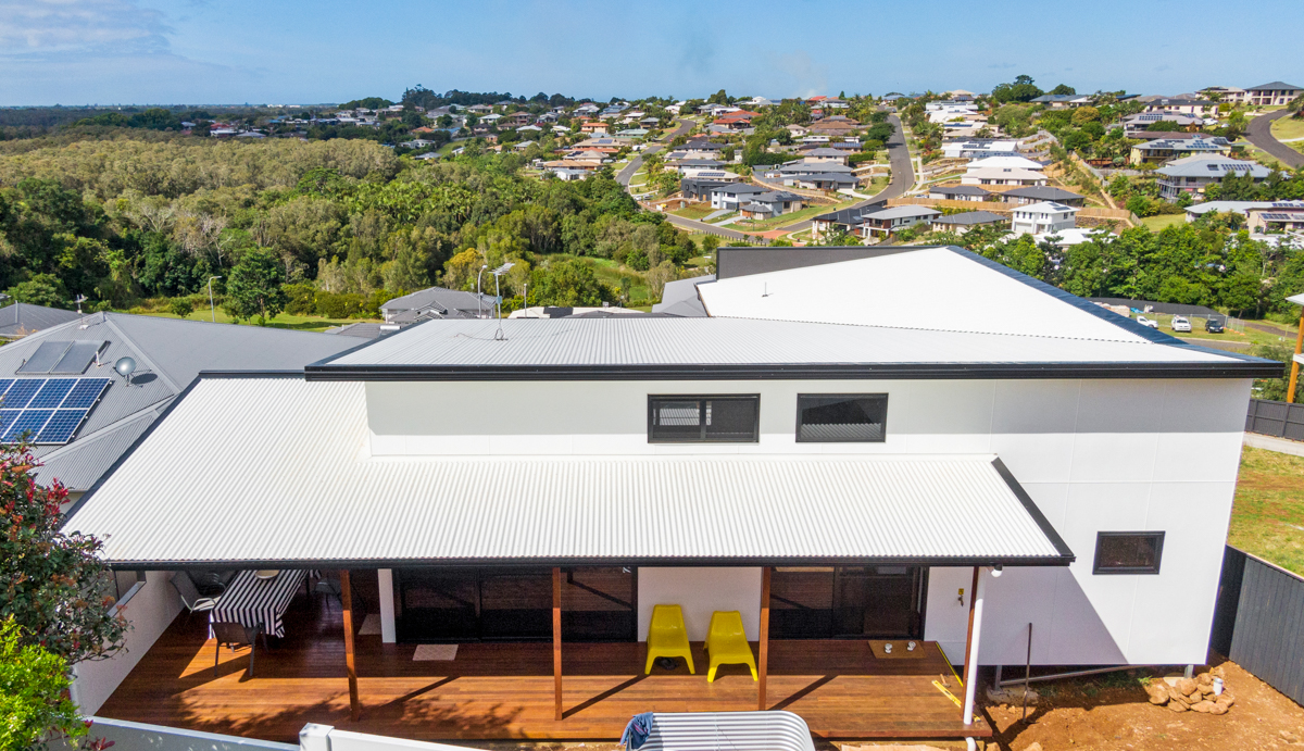 Contemporary fire cement house with timber verandah